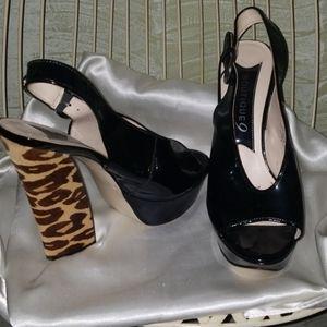Boutique 9 patent leather unique platform heel